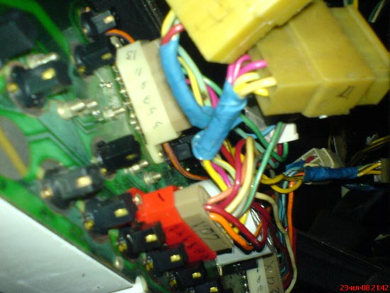 Жгут переходник с проводки ВАЗ 2107 на приборку от волги ГАЗ 3110.