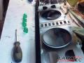 Переделка приборов Ваз 2107Затем мы удалили родные светофильтры зелёного цвета с приборки.